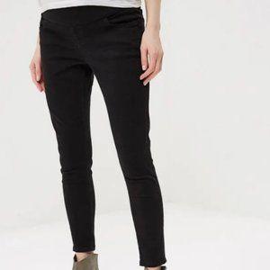 Topshop Maternity Jamie Jeans in Black